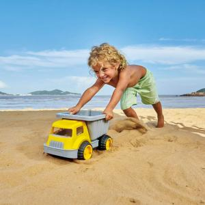 Camion con ribaltabile da spiaggia