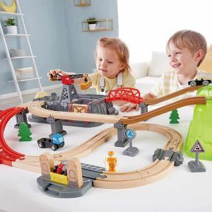 Set di costruzioni ferroviarie su tre livelli Hape toys